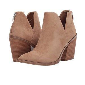 Steve Madden Alyse tan Boots booties size 8 BNIB